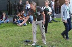 Johan Hofkens at the Frisbee competition