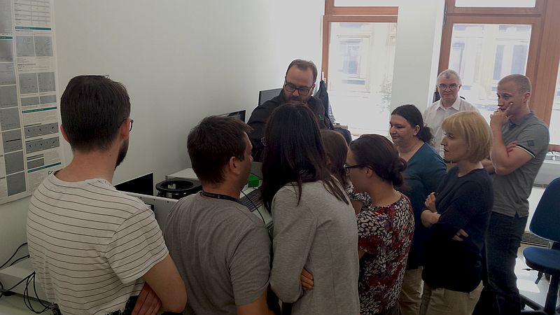 Measurements at the FluoTime 300 during the Poland roadshow 2016