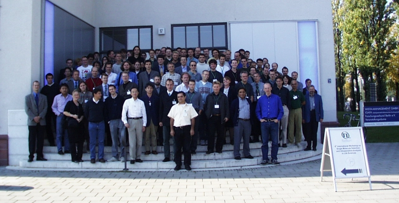 Group picture of the Single Molecule Workshop 2000